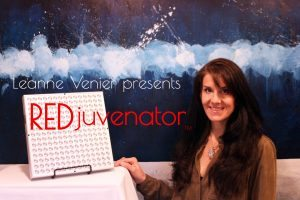 Leanne Venier with her clinically-proven REDjuvenator Biophotonic Red Light Therapy, Near Infrared therapy and Quantum Energy Medicine invention